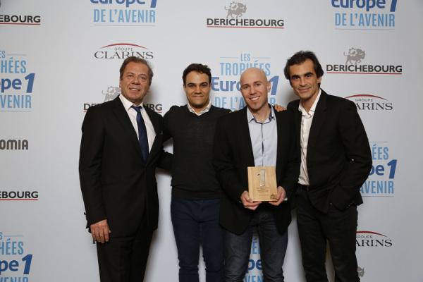 """Le Trophée Europe 1 de l'Avenir catégorie """"Éducation de l'Avenir"""" remis à Domoscio"""